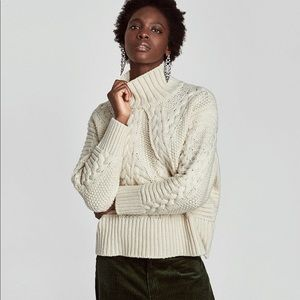 Zara cable knit sweater S